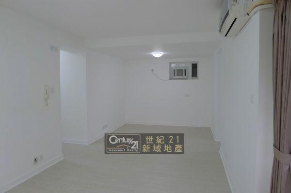 33081.jpg